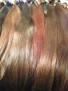 Курсы обучения капсульному наращиванию волос в Москве.